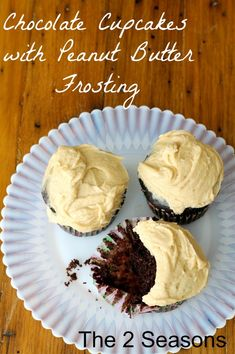Growing up, I requested my Mom's Chocolate Cake w/ Peanut Butter frosting for my birthday every year, hoping this is similar! :) Chocolate cupcakes with peanut butter frosting. Decadent Chocolate, Chocolate Treats, Delicious Chocolate, Chocolate Cupcakes, Delicious Desserts, Frosting Recipes, Cupcake Recipes, Dessert Recipes, Peanut Butter Frosting