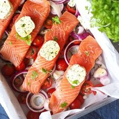 feed_image Fish Dishes, Seafood Dishes, Fish And Seafood, Seafood Recipes, Scandinavian Food, Happy Foods, Salmon Recipes, Afternoon Tea, Spicy
