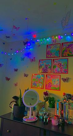 Bedroom Crafts, Room Ideas Bedroom, Bedroom Decor, Neon Bedroom, Bedroom Inspo, Bedroom Inspiration, Cute Room Ideas, Cute Room Decor, Hippie Room Decor