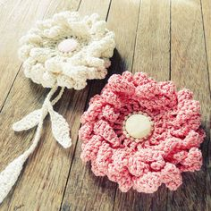 Large Flower Crochet Pattern Crochet Sunflower or Peony PDF - hair brooch, hat embellishment, shawl pin, accessory - Easy - Instant DOWNLOAD