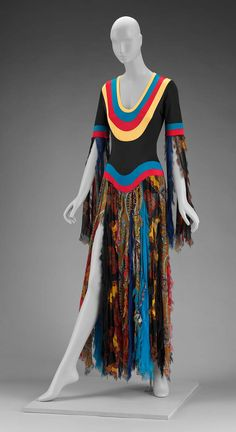 1971, America - Woman's dress by Giorgio di Sant'Angelo - Printed polyester plain weave (chiffon) and polyester knit