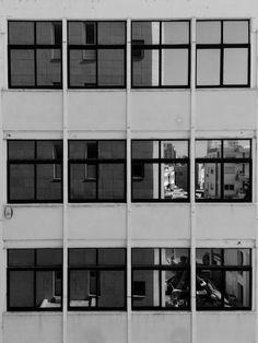 #minimalism and #GeometricShapes of #urban and #architecture in #monochrome #blackandwhite • #UrbanGeometry #Reflection