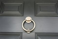 The Paper Mulberry: Exterior Paint Shades - Part 2 Exterior Doors With Glass, House Paint Exterior, Exterior Paint Colors, Exterior House Colors, Grey Exterior, Farrow And Ball Front Door Colours, Grey Front Doors, Front Door Colors, Front Entry