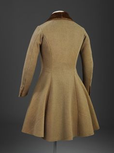 Frock coat | V&A Search the Collections 1830s The waisted frock coat came into fashion in about 1816 and became an enduring style. Typically it had a narrow waist and full skirts hanging vertically in front.