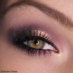 Purple & green eye #makeup #longlashes #smoky