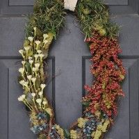 Ideas. Harmonious Outdoor Home Christmas Interior Design Contains Fascinating Christmas Wreath Front Door Complete Fascinating Floral Tone Decoration. Stunning Christmas Wreath Front Door For December, 25th
