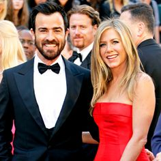 "Jennifer Aniston and Justin Thereoux - ""madly in love"" and the wedding is still on!"