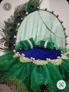 Ganpati Decoration Design, Thali Decoration Ideas, Diy Diwali Decorations, Festival Decorations, Flower Decorations, Desi Wedding Decor, Indian Wedding Decorations, Wedding Crafts, Ganesh Chaturthi Decoration