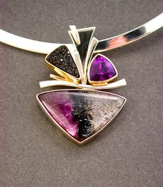 Pendant by The Jewel (Jan Daggett and Peggy Frye). gold, goethite, amethyst and black drusy. Gems Jewelry, Metal Jewelry, Custom Jewelry, Pendant Jewelry, Jewelry Art, Gemstone Jewelry, Silver Jewelry, Jewelry Design, Silver Ring