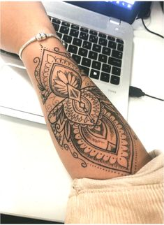 Tattoo ideen frauen unterarm mandala 25 Ideas for 2020 Lower Arm Tattoos, Inner Forearm Tattoo, Small Forearm Tattoos, Forearm Sleeve Tattoos, Forearm Tattoo Design, Women Forearm Tattoo, Tattoo Small, Forarm Tattoos, Dope Tattoos
