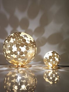 Divisual have designed the Planet-O Lamp, made from metal discs welded by hand.