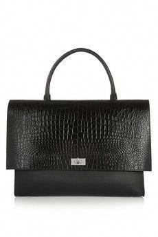 5e8592c949 designer handbags for women clearance #Designerhandbags  #designerhandbagsclearance Largest Shark, Classic Handbags, Girls