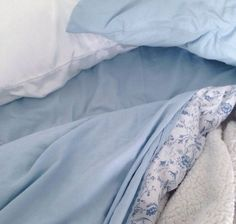 Imagem de blue, aesthetic, and pastel Baby Blue Aesthetic, Light Blue Aesthetic, Cozy Aesthetic, Rainbow Aesthetic, Aesthetic Pics, Aesthetic Colors, Character Aesthetic, Fleur Delacour, Moira Burton
