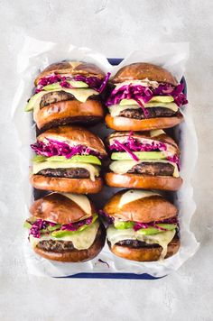 Learn how to make super juicy turkey burgers stuffed with caramelized onions and mushrooms. Top with a pretzel bun for the best bbq experience. Gourmet Sandwiches, Gourmet Burger, Turkey Recipes, Beef Recipes, Healthy Recipes, Hamburger Recipes, Barbecue Recipes, Great Burger Recipes, Sandwich Recipes