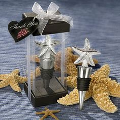 Elegant starfish design bottle stopper favors - www.dochsa.com #wedding