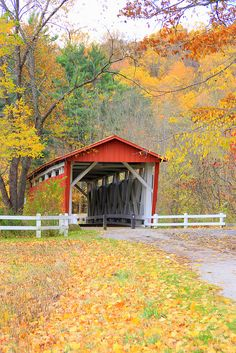 Everett Road Covered Bridge, Cuyahoga Valley National Park, Ohio.
