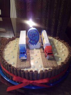 Φορτηγά Birthday Cake, Desserts, Food, Tailgate Desserts, Birthday Cakes, Meal, Deserts, Essen, Dessert