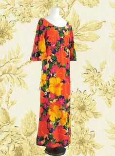 Wallflower Vintage Tropical Pomare Tahiti maxi dress