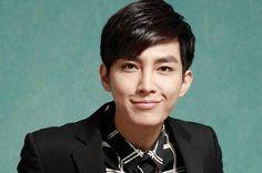 Aaron Yan Aaron Yan, Countries To Visit, Hot Actors, Asian Men, Interview, Singer, Youtube, Model, Artists