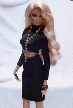 Vanessa Perrin Edge - Fashion Royalty integrity toys dolls