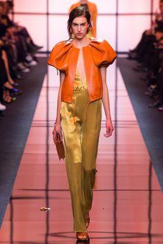 Armani Privé - Spring 2017 Couture Runway Fashion 68cbef42c3f