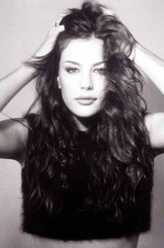 90's Hairstyle from Liv Tyler