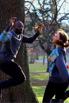 Partner-Look: Sweater mit Elementen von Afrikanischen Wax Print Stoff, handgemacht. Ethical Fashion, Partner, German, Couple Photos, Couples, African, Sustainability, Deutsch, Couple Shots
