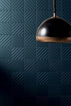 4D is a project based on structures or rather a collection of projects that suggests a new manner of interpreting a collection of ceramic tiles so that these can be matched with other materials.