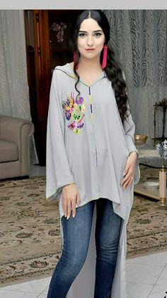 Dubai Fashion, Abaya Fashion, Boho Fashion, Fashion Outfits, Moroccan Dress, Designs For Dresses, Caftan Dress, Pakistani Dress Design, Kurta Designs