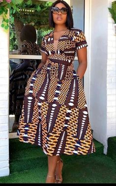 Find the most beautiful and trendy Ankara styles for the year 2020 all in one video. Latest African Fashion Dresses, African Print Dresses, African Dresses For Women, African Print Fashion, African Attire, Ankara Fashion, African Outfits, Africa Fashion, Fashion Outfits