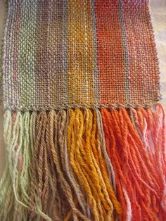 Knitpocalypse's Handspun Stripes scarf, woven on a rigid heddle loom Weaving Textiles, Weaving Art, Weaving Patterns, Loom Weaving, Tapestry Weaving, Textile Patterns, Hand Weaving, Rug Loom, Woven Scarves