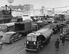 Bill ✔️ Broadway, Newmarket, Auckland in No motorway then and the street was also part of and the Gt South Road. Trams were still running there (see one? Also notice the number of trucks to cars ratio! Auckland New Zealand, New Market, Historical Photos, Trucks, Street, Places, Broadway, Caption, Cars
