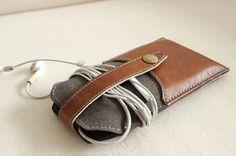 iPhone Leather Felt Wallet / Hand-Stitched Felt Phone Purse / Phone case / iPhone Cover /  For iPhone4/5