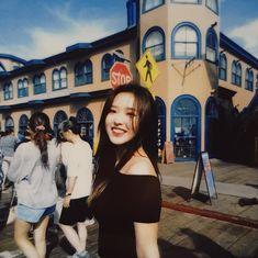 Kpop Girl Groups, Korean Girl Groups, Kpop Girls, Sooyoung, Your Girl, My Girl, Bff, Olivia Hye, Celebs