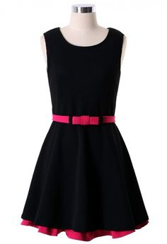 Sleveless Pleated Dress with Layer Skirt