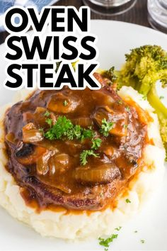 beef steak recipe This oven swiss steak is a delicious twist on a vintage classic. It uses fresh mushrooms and plenty of beef broth for flavor. Not your grandma's recipe! Oven Swiss Steak, Swiss Steak Recipes, Cube Steak Recipes, Salisbury Steak Recipes, Oven Recipes, Meat Recipes, Cooking Recipes, Swiss Steak Gravy Recipe, Dinner Recipes
