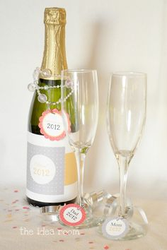 New Years Eve sparkling cider printable wrap and glass charms :)