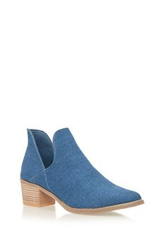 8.5.      Ankle Boots with Side Cutouts,DENIM