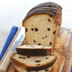 its foods - Raisin Bread Raisin Recipes, Bread Recipes, Baking Recipes, Raisin Bread, South African Recipes, Bread Bun, How To Make Bread, Sweet Bread, Finger Foods