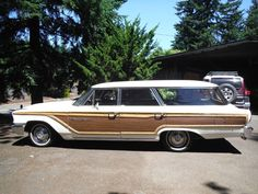 '63 Ford Country Squire 9 Person Station Wagon