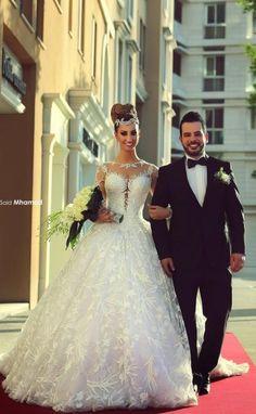 VN373 – Vestido de Noiva em Renda Maravilhoso com Efeito Illusion e saia Princesa | Noiva Importada