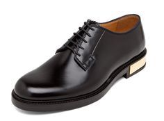 Lace-up, clean detail, and a punch metal. Just the way I like it. (Marc Jacob's Metal Heel Oxford)