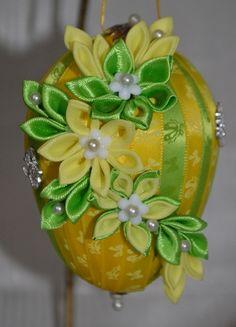 Vajíčko č. 6 :: Creative ribbons
