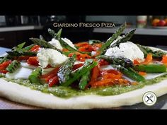 Giardino Fresco Pizza w/ Pesto & Grilled Veggies – Bruno Albouze – THE R. Grilled Veggies, Grilled Asparagus, Roasted Peppers, Roasted Tomatoes, Garden Pizza, Pesto, Best Chef, Food Reviews, Caprese Salad