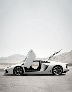 Aventador. most BEAUTIFUL CAR EVER