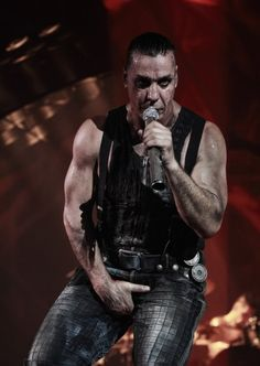 URFS Till Lindemann - http://urfstilllindemann.tumblr.com/post/74164707342