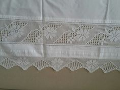 Crochet Bedspread, Crochet Curtains, Bed Spreads, Crochet Lace, Diy And Crafts, Crochet Patterns, Embroidery, Knitting, Handmade