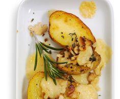 Halbe Kartoffeln mit Sbrinz