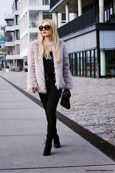 Say me Justine: Faux Fur Coat