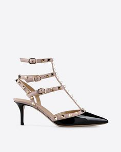 Metal Applications,Metal Applications,Two-tone pattern,Side buckle closure,Leather sole,Narrow toeline,Covered heel,